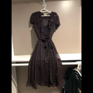 Dresses & Skirts - below knee length dress